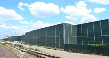 LSE&reg; Absorptive <br/> Noise Barriers